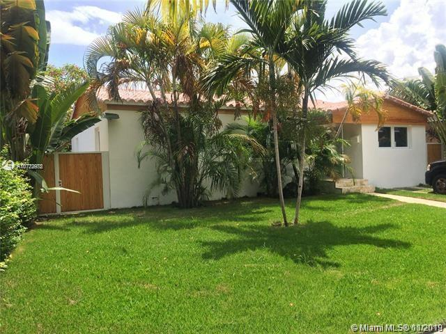1256 SW 15th St  For Sale A10772975, FL