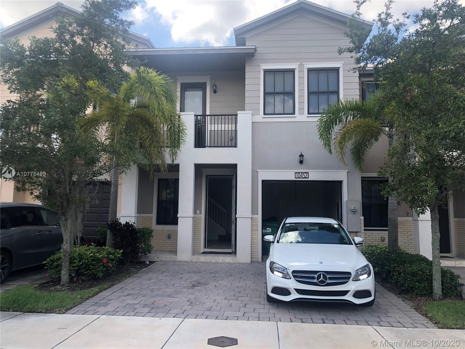 10452 NW 61st St  For Sale A10775499, FL