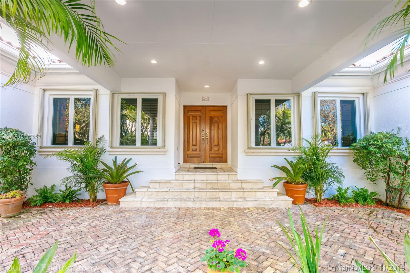 340  Woodcrest Rd  For Sale A10775609, FL