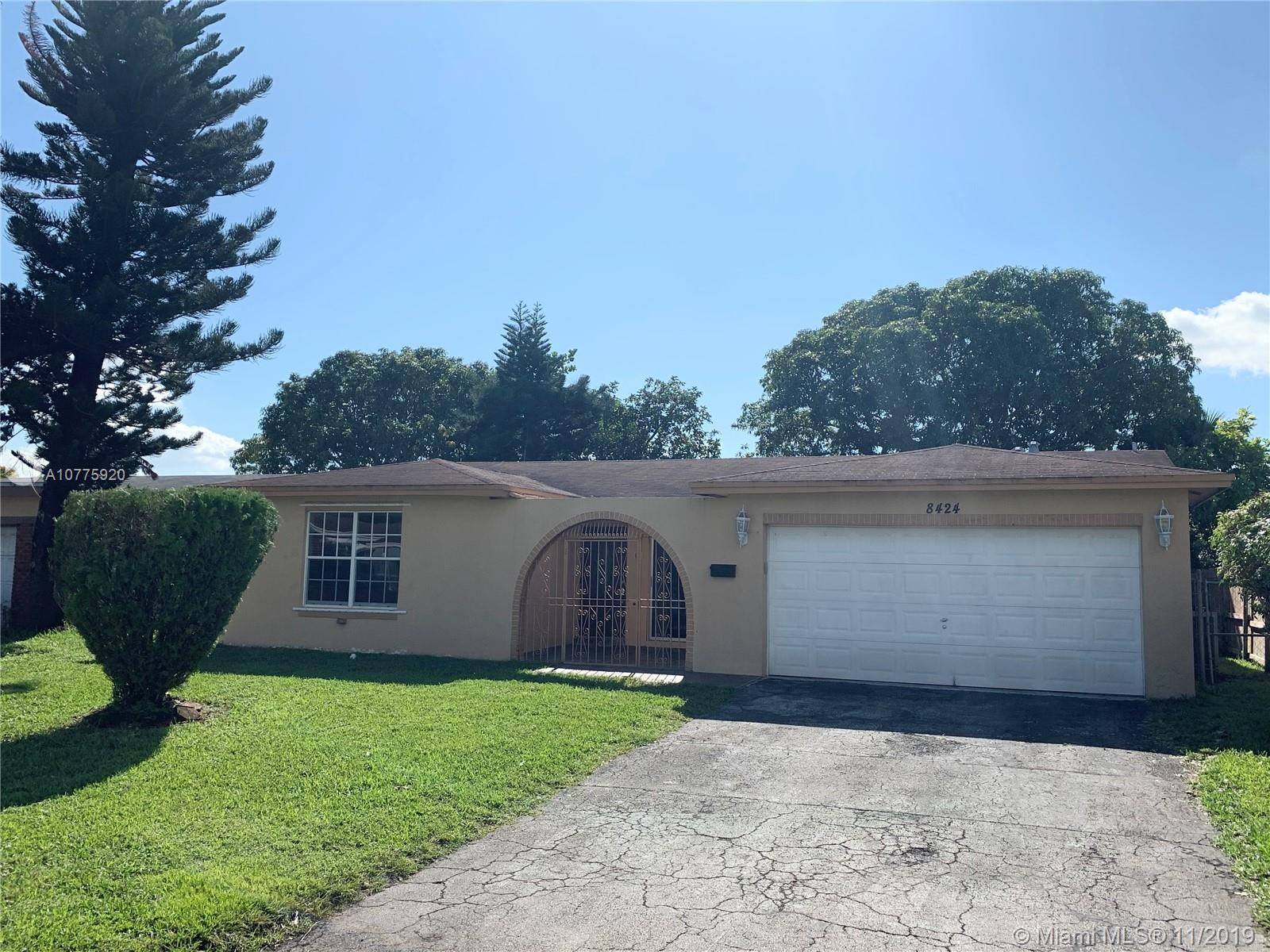 8424  Windsor Dr  For Sale A10775920, FL