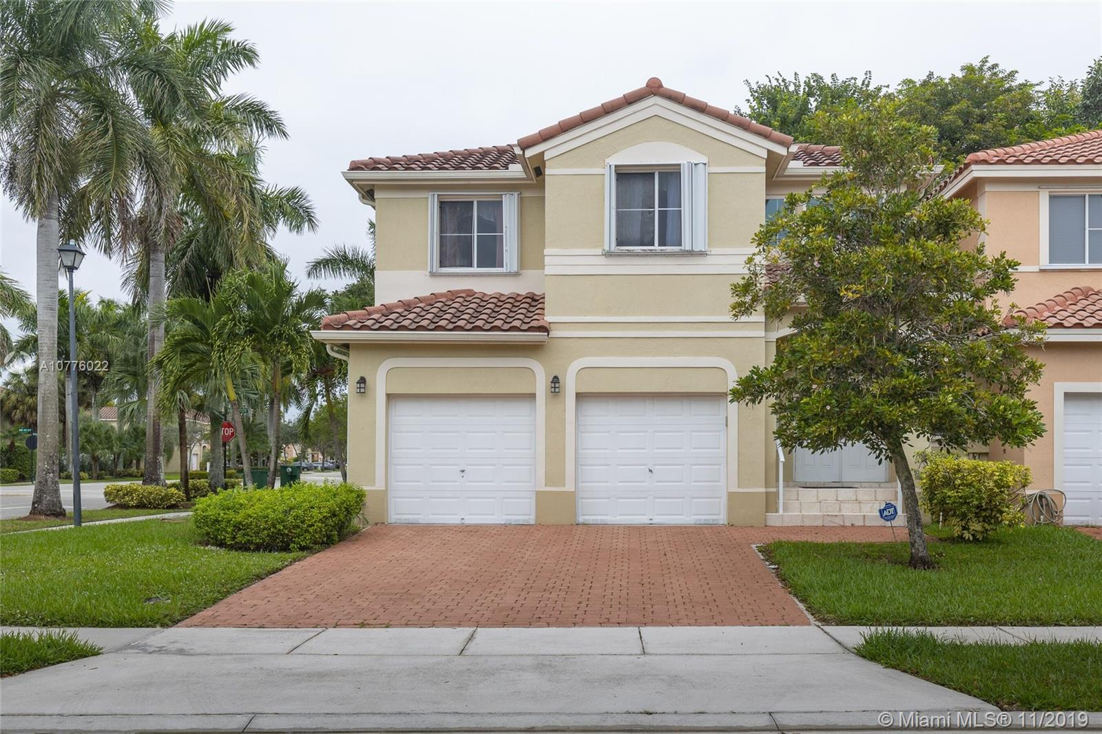 16995 SW 38th St  For Sale A10776022, FL