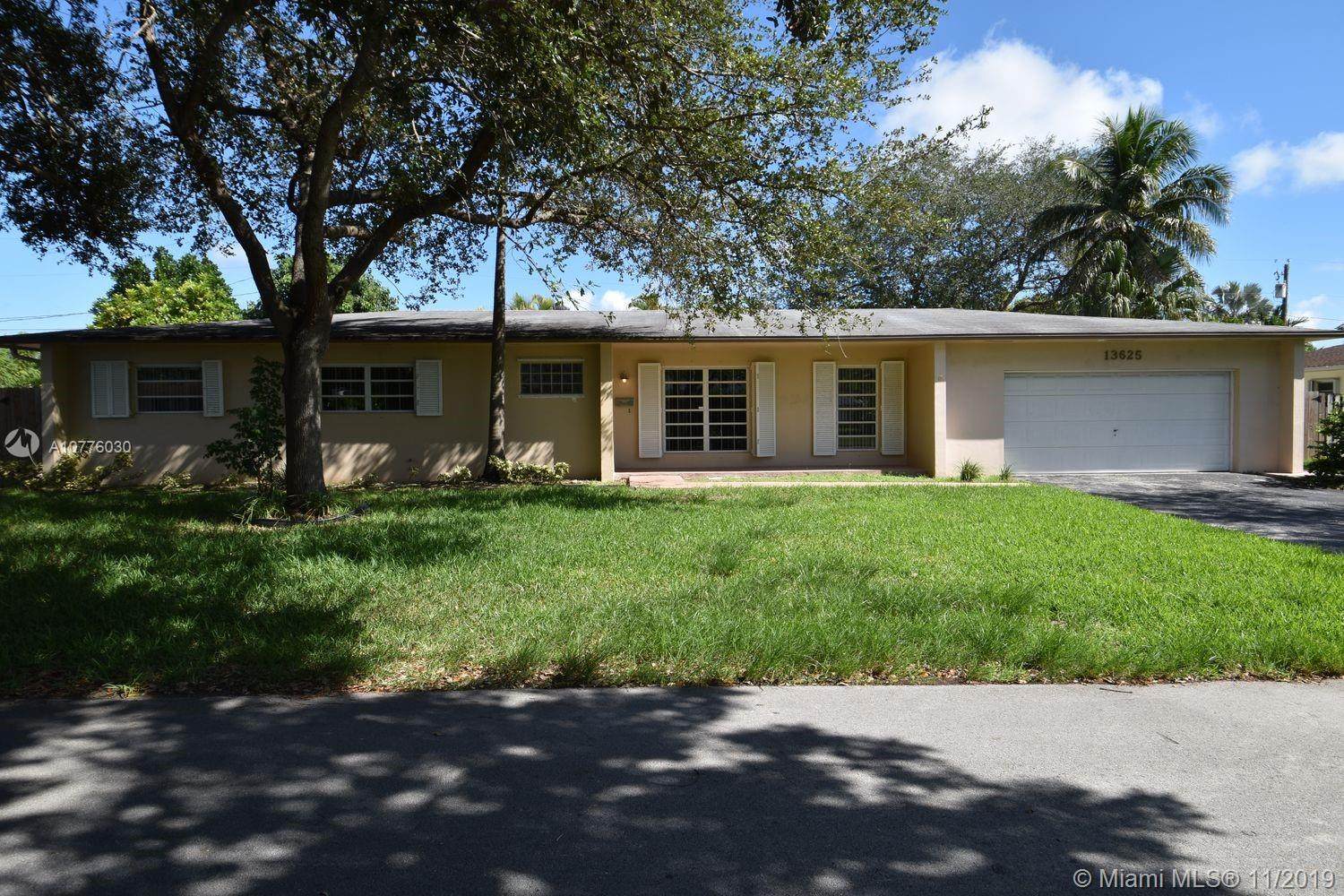 13625 SW 83rd Ct  For Sale A10776030, FL