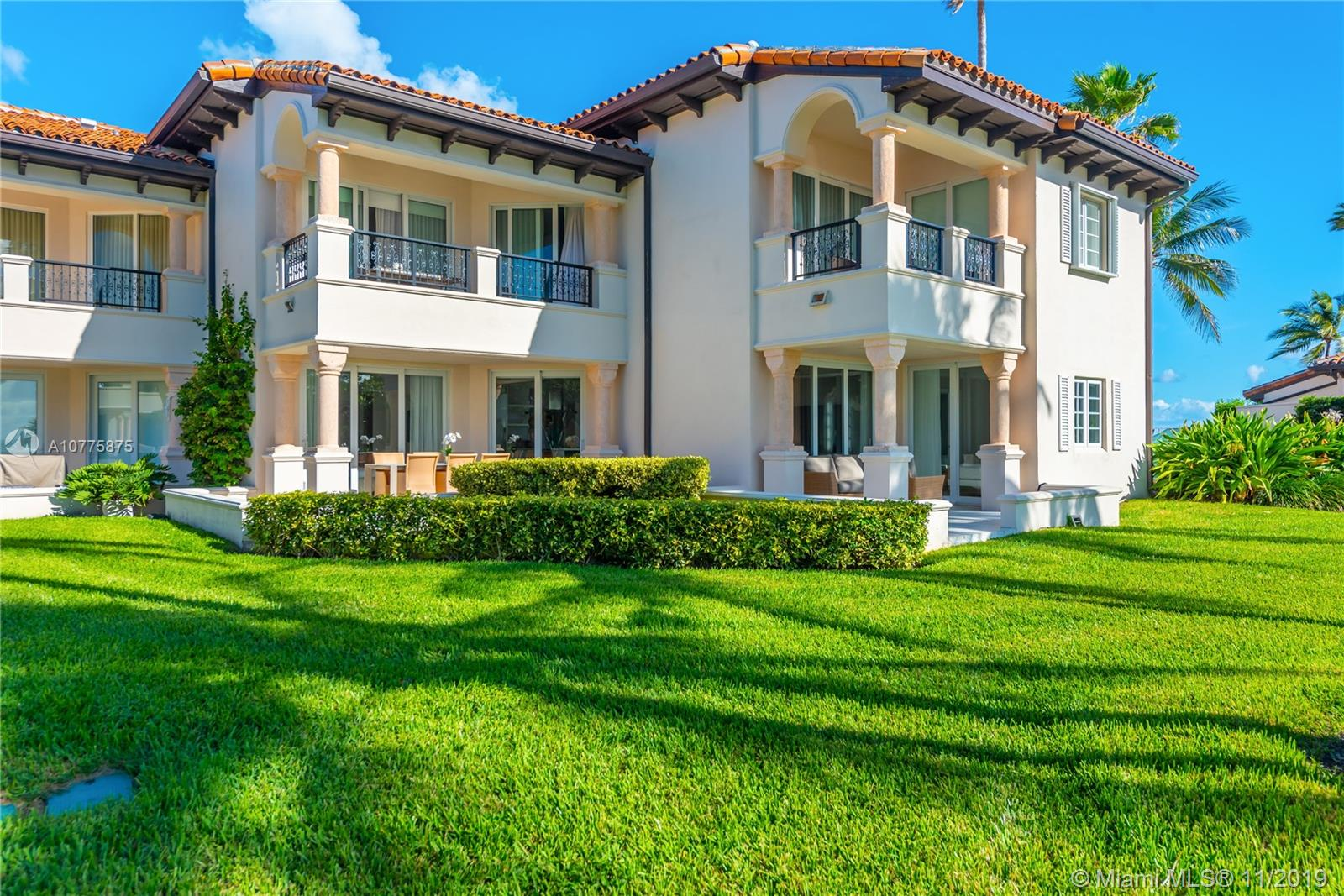 15711  Fisher Island Dr #15711 For Sale A10775875, FL