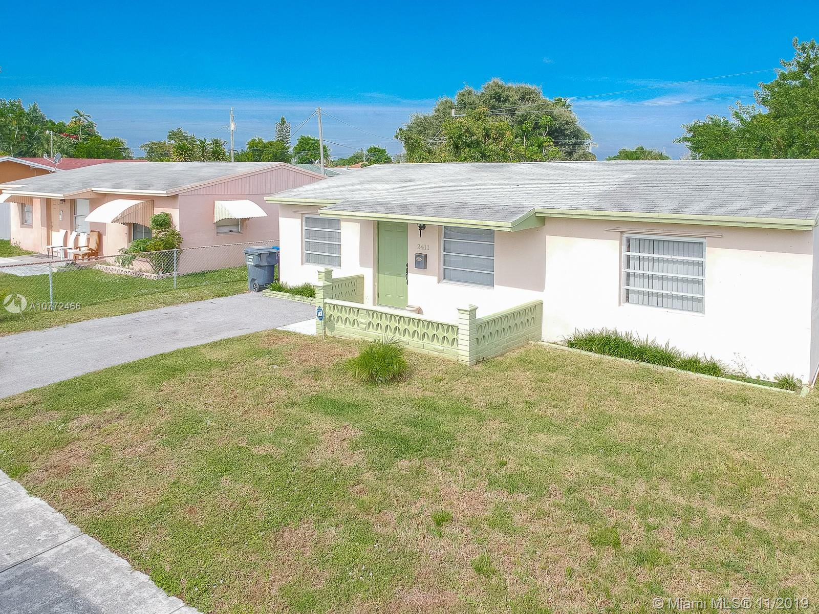 2411  Mayo St  For Sale A10772466, FL