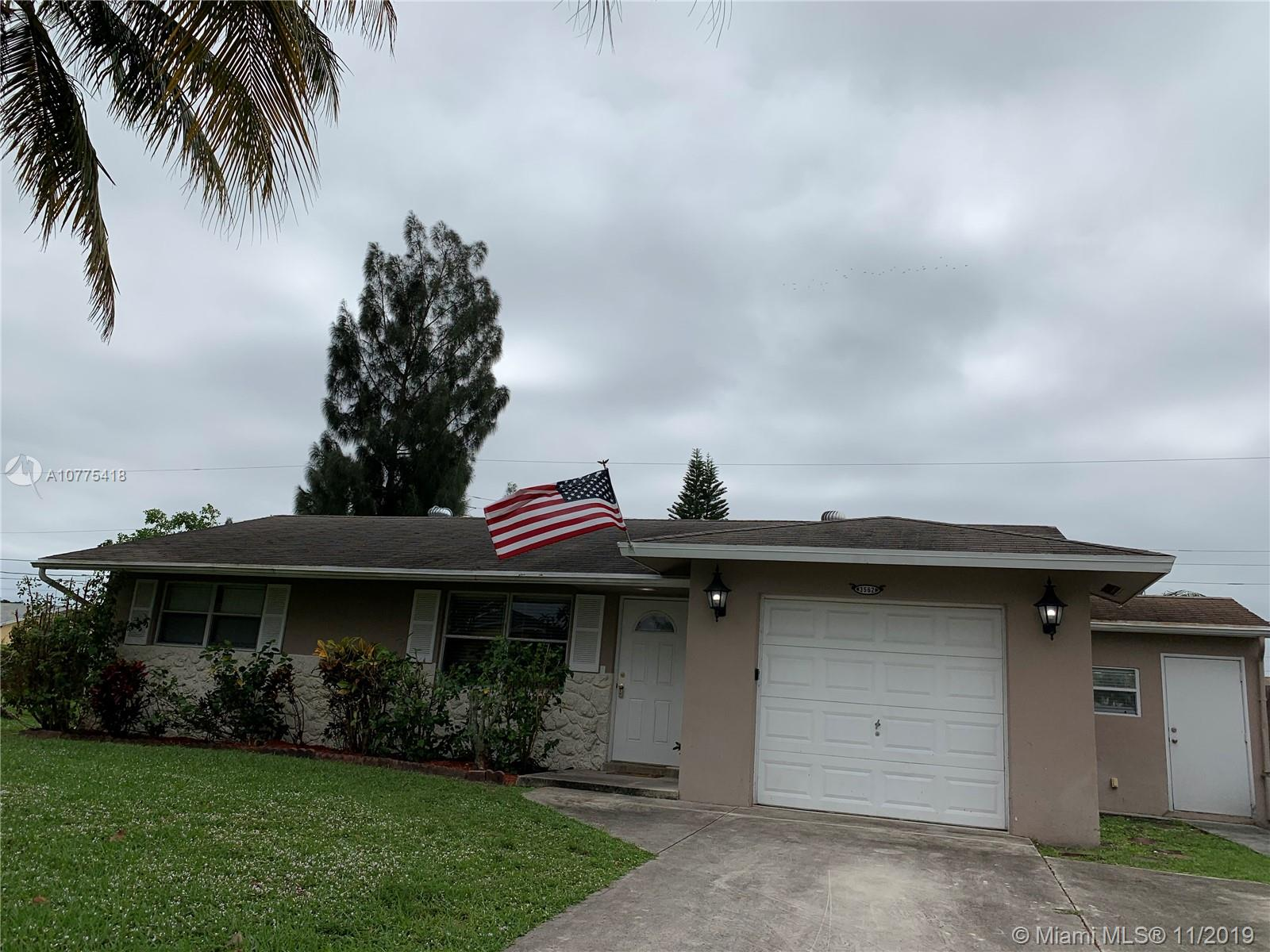 3562  Quentin Ave  For Sale A10775418, FL