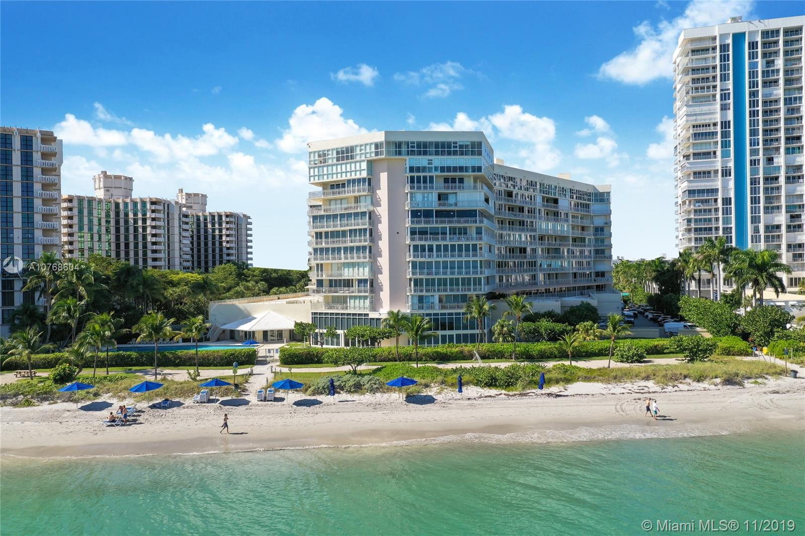 600 SE Grapetree Dr #3BS For Sale A10768604, FL