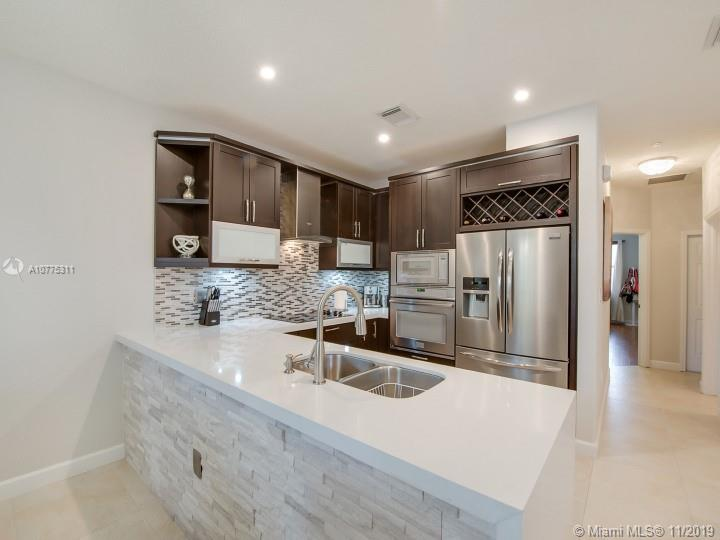 7840 NW 108th Pl  For Sale A10775311, FL