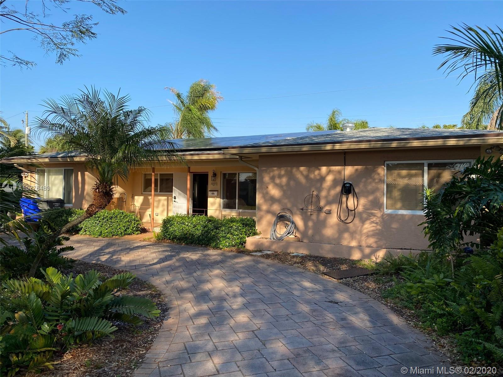 223 S 57th Way  For Sale A10776489, FL