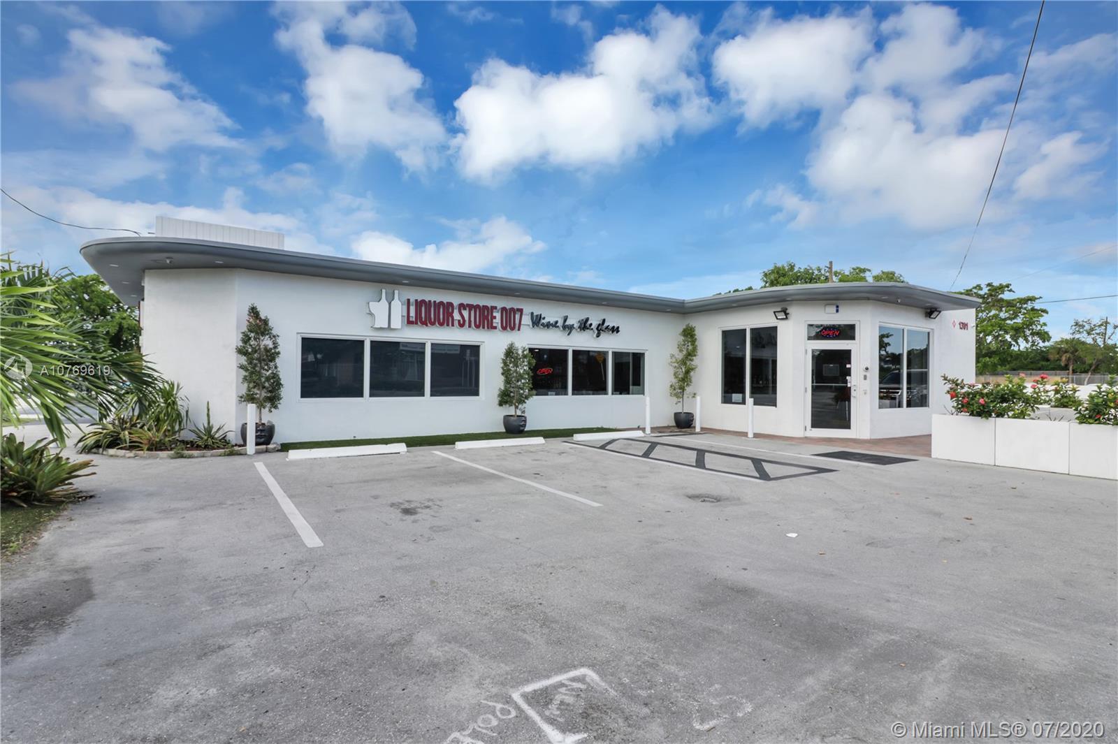1301 N Dixie Hwy, Fort Lauderdale, FL 33304