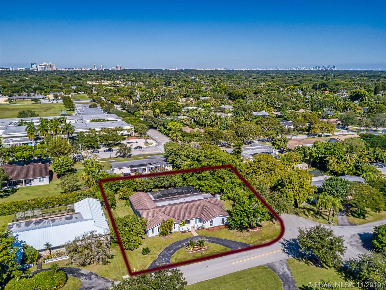 7305 SW 129th St  For Sale A10774924, FL