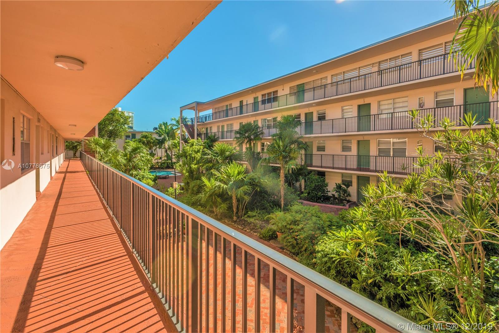 2924  Day Ave #N211 For Sale A10776675, FL