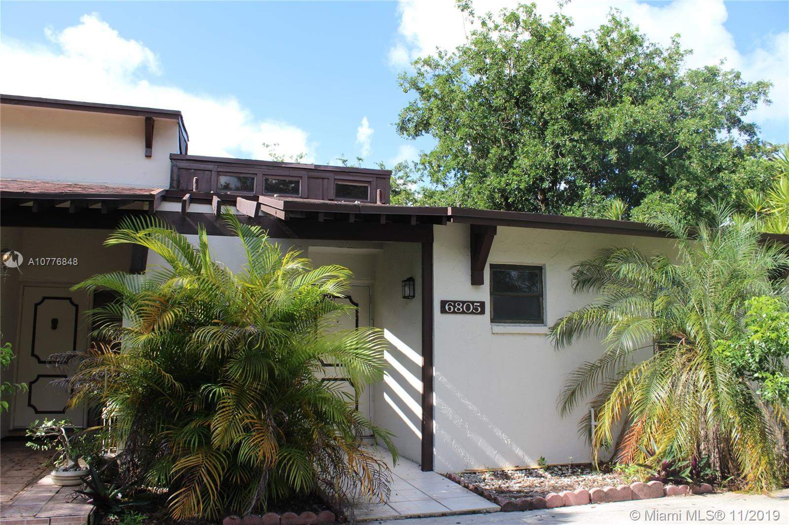 6805 SW 38th St #1-F For Sale A10776848, FL