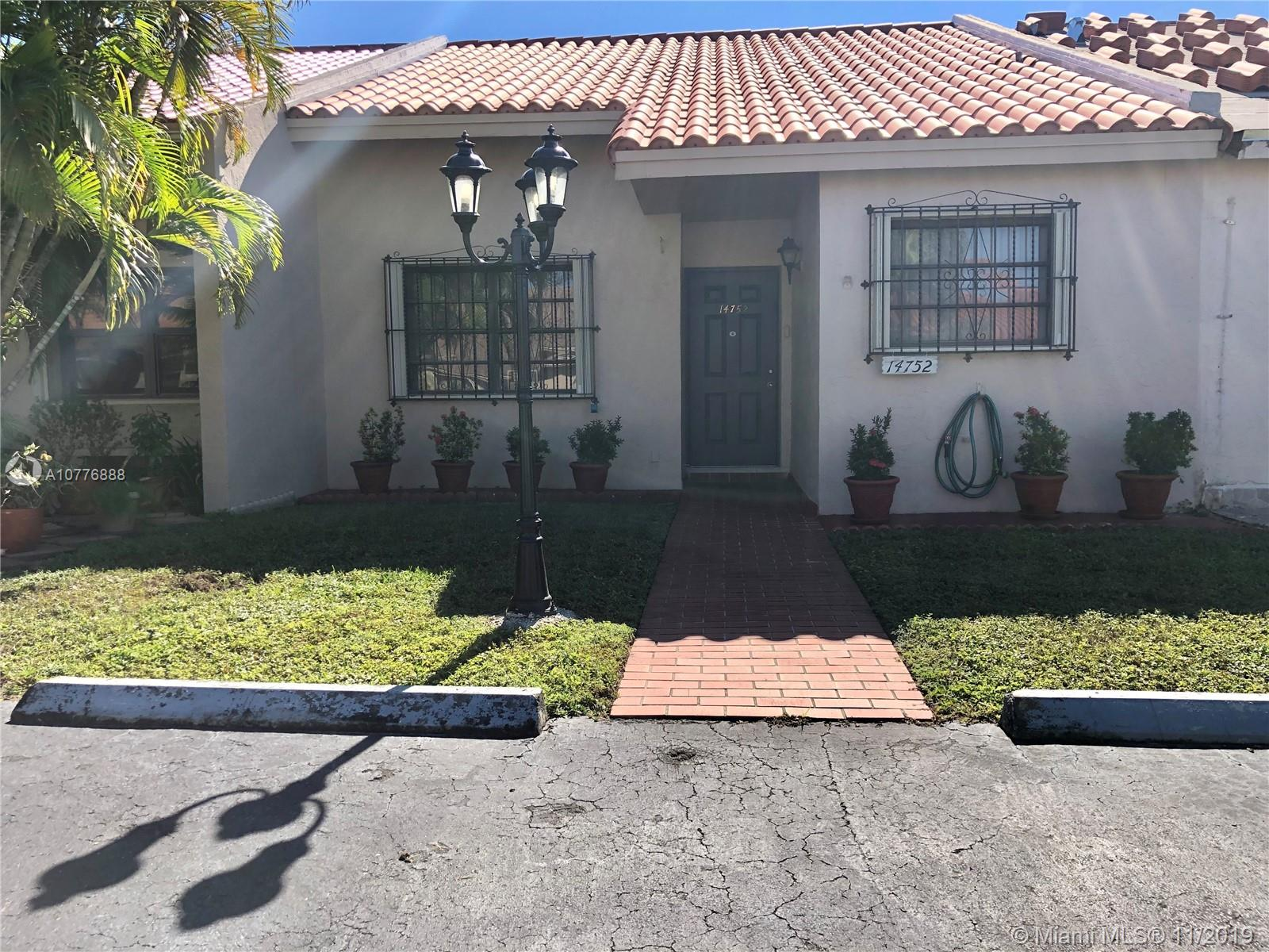 14752 SW 61st Ln  For Sale A10776888, FL