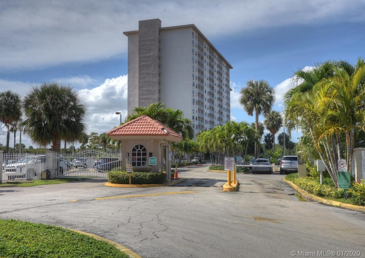 400 Kings Point Dr 415, Sunny Isles Beach, FL 33160