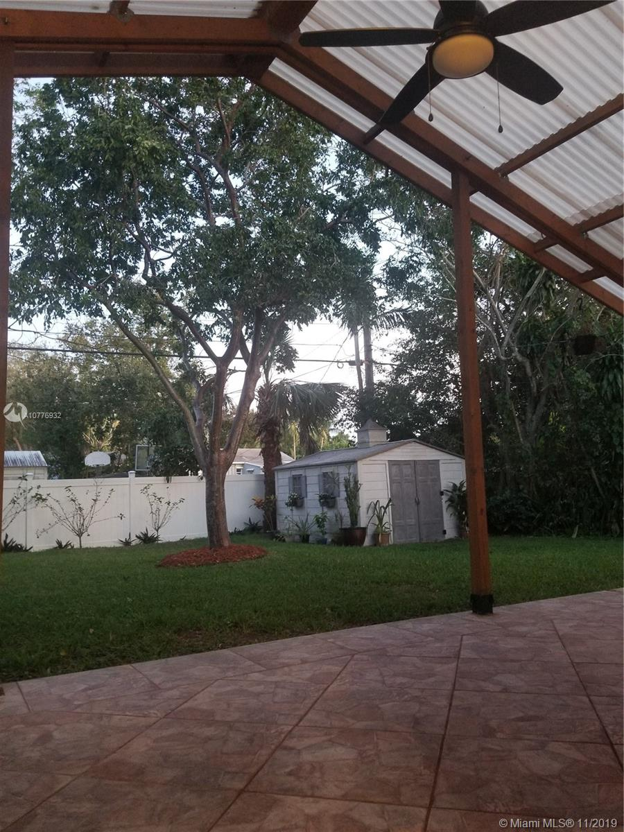 1506 SW 28th Ter  For Sale A10776932, FL