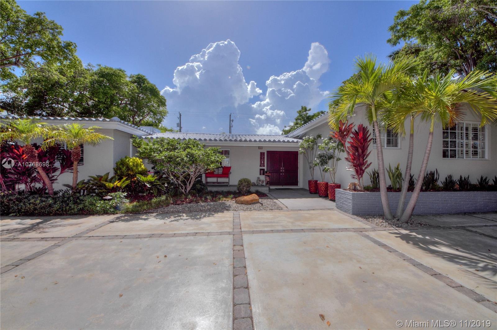 12610 Ixora Rd, North Miami FL 33181