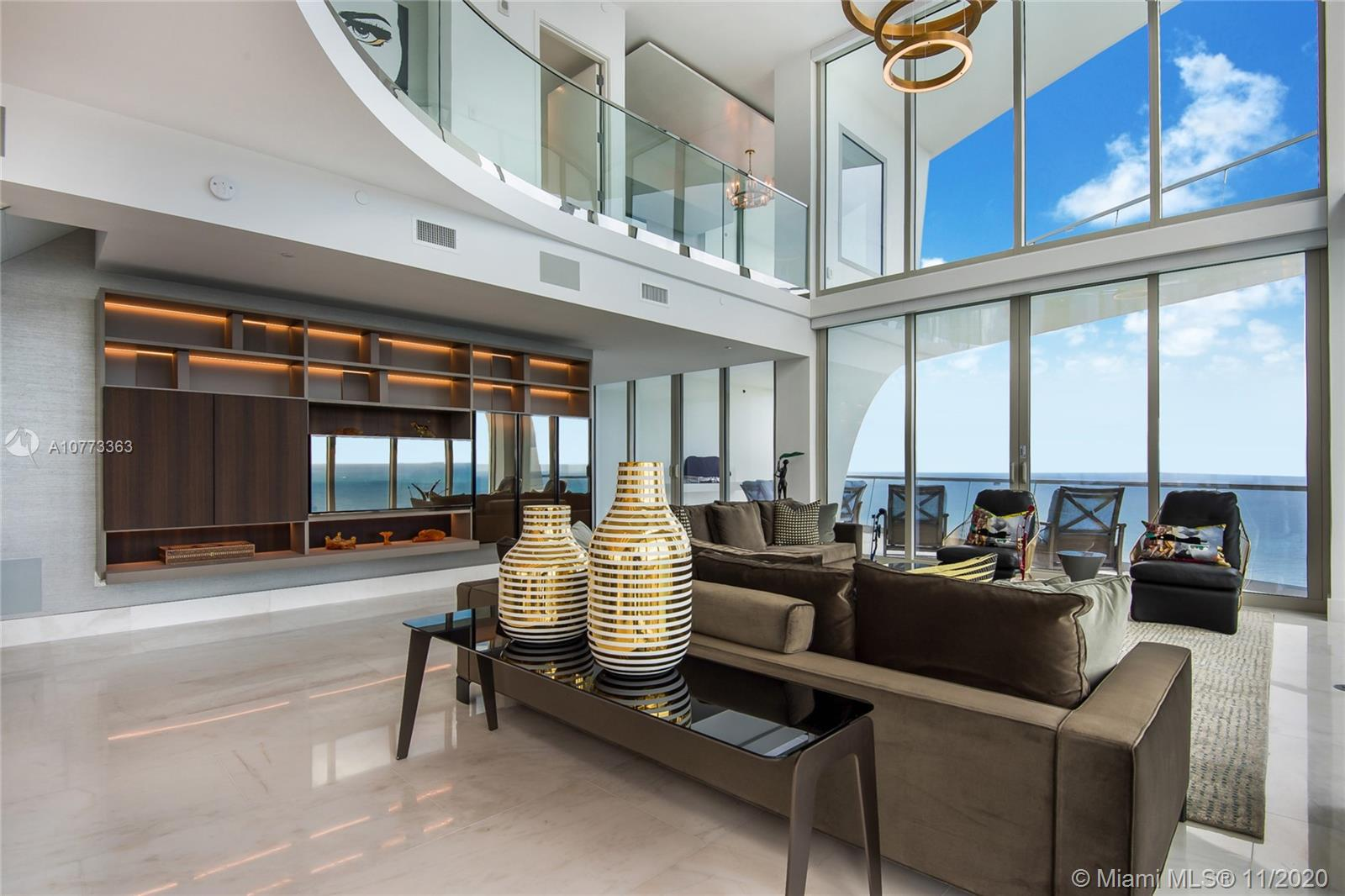 16901  Collins Ave   5101