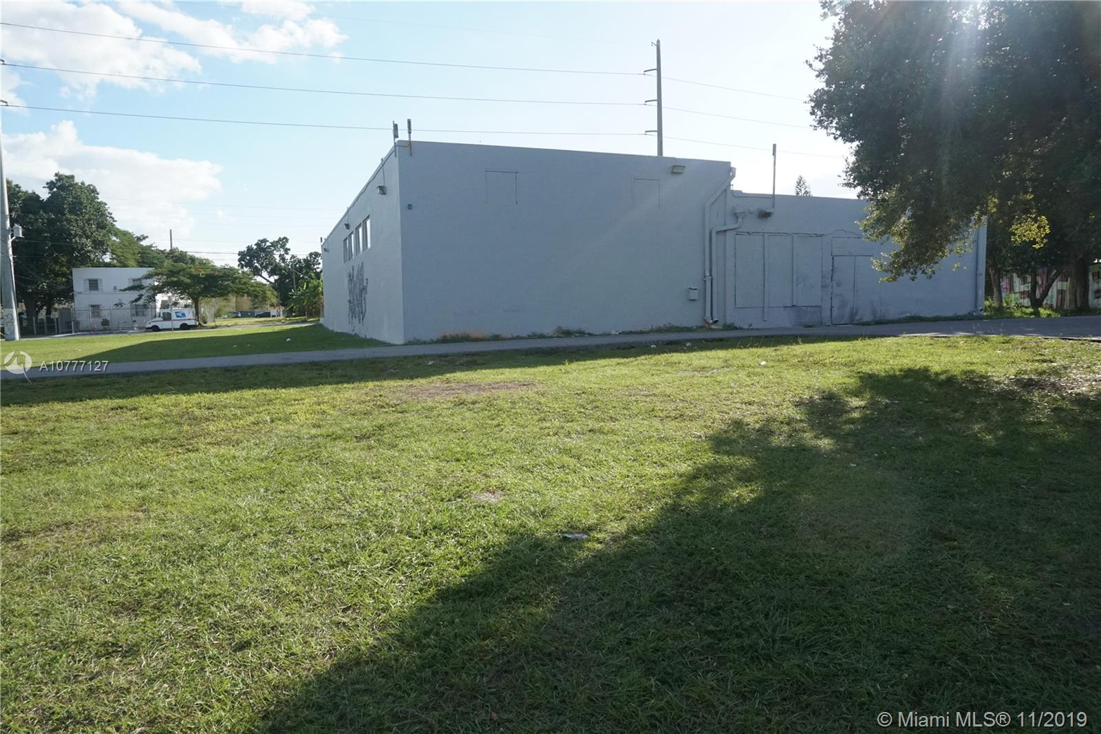 545 NW 22nd St  For Sale A10777127, FL