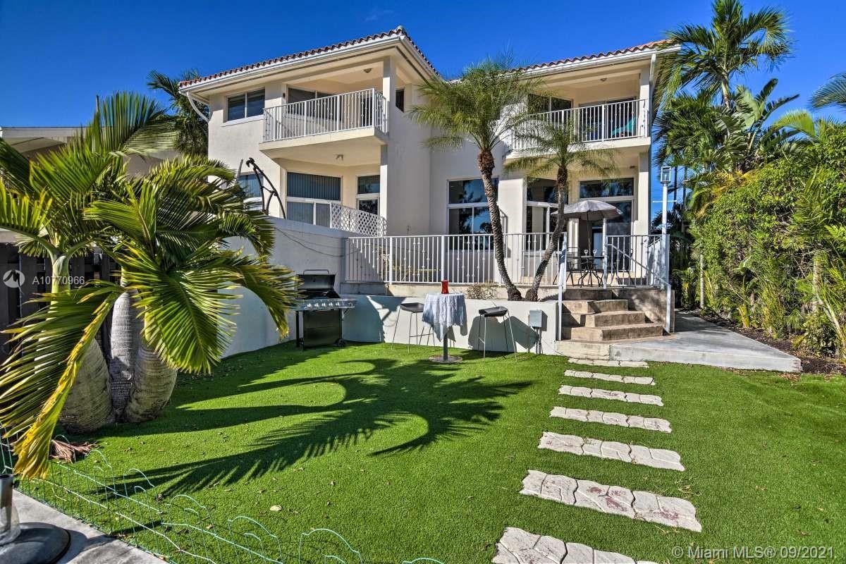 3842 166th St, North Miami Beach, Florida 33160