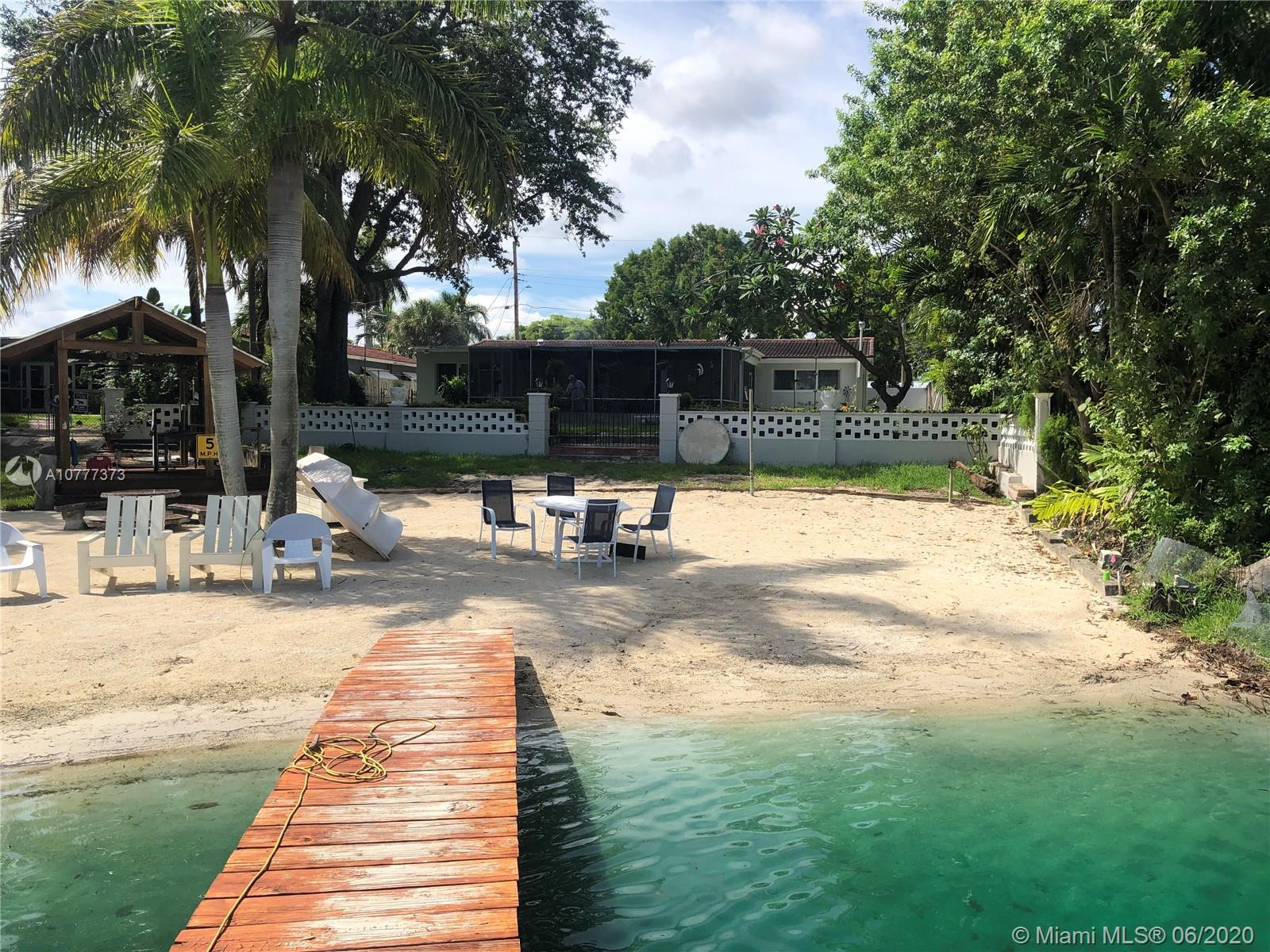 9330 SW 48th St  For Sale A10777373, FL