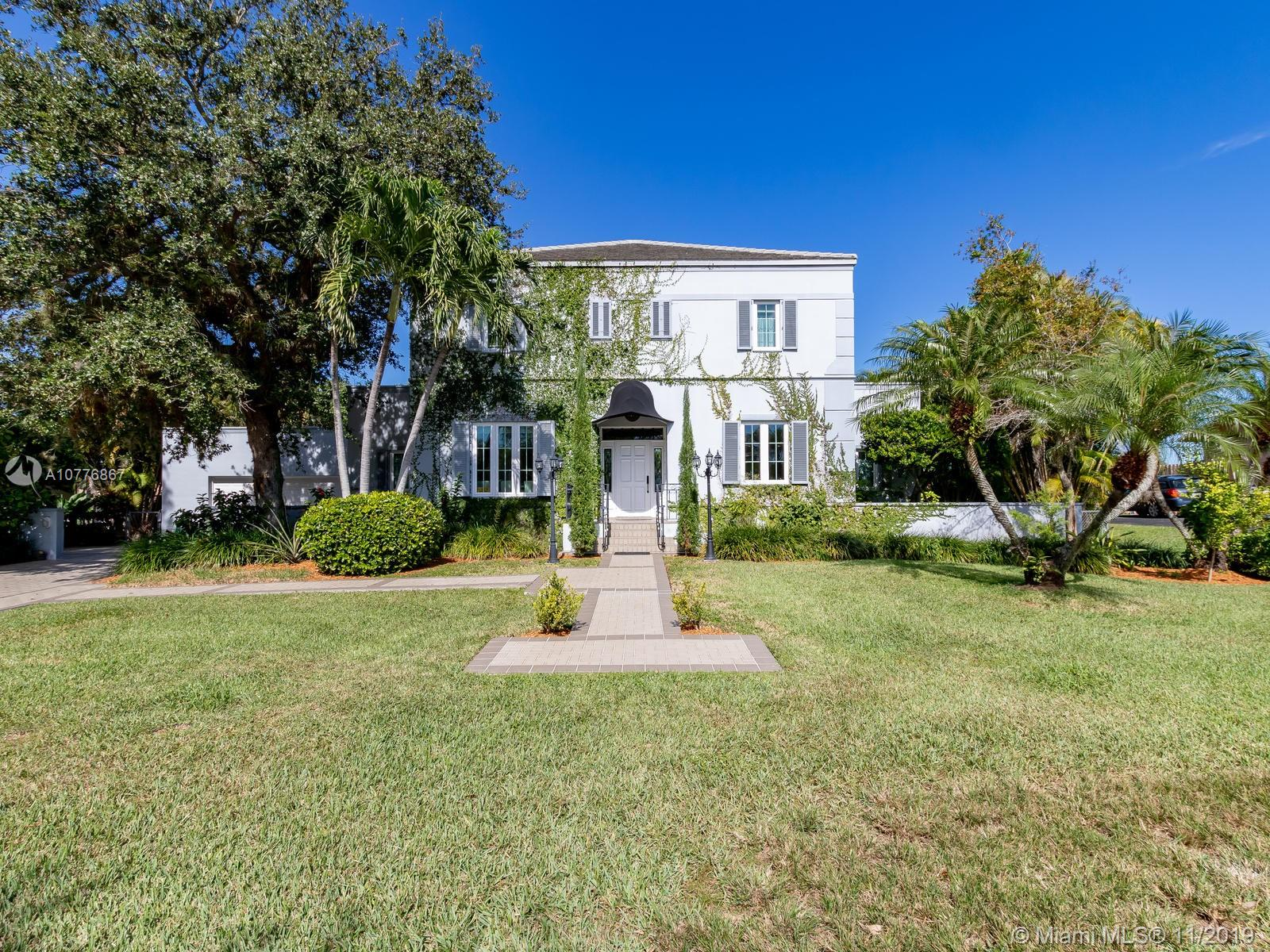 8225 SW 174 Ter  For Sale A10776867, FL