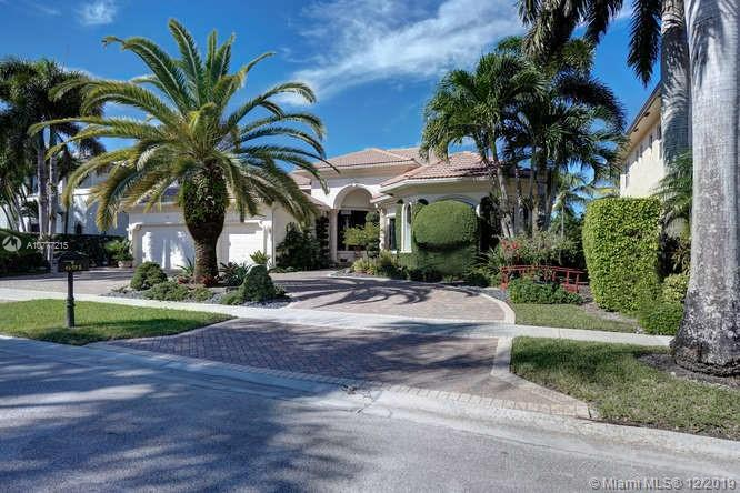 691 Baldwin Palm Ave, Plantation, FL 33324