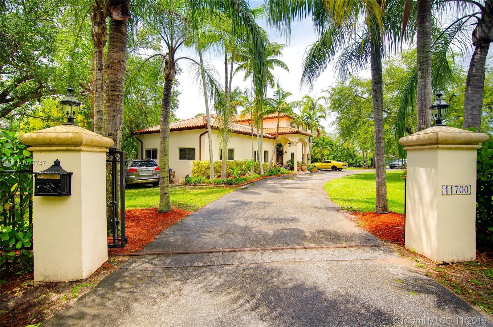 11700 SW 80 road  For Sale A10777471, FL