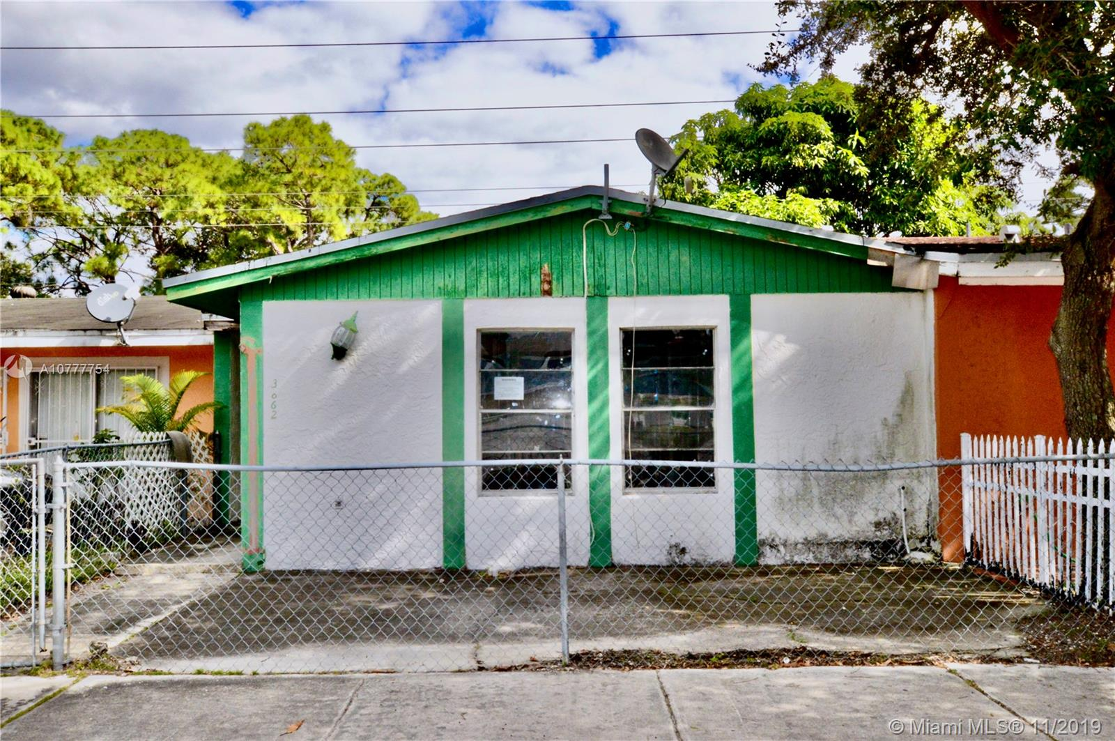 3862 NW 213th St  For Sale A10777754, FL