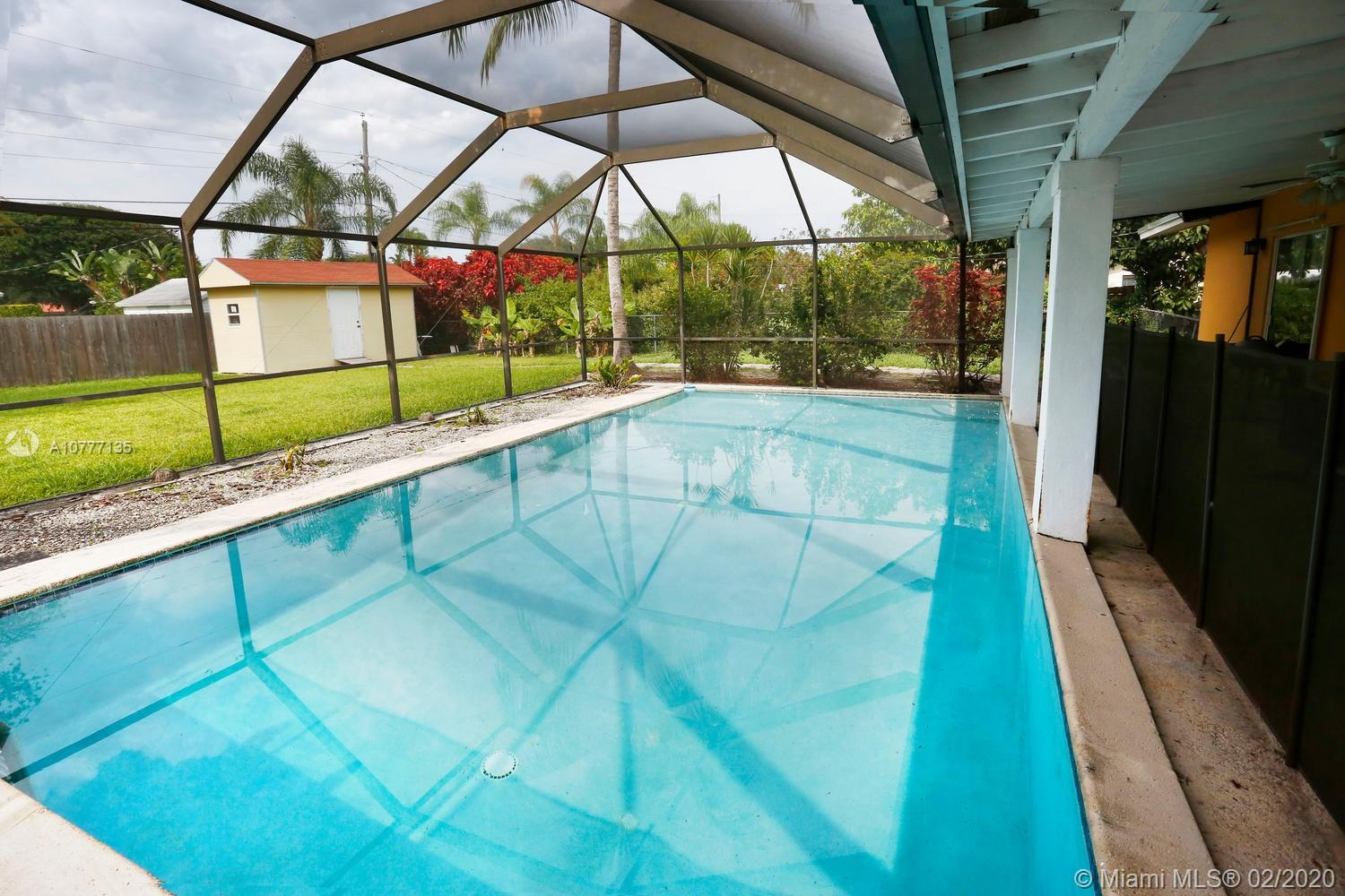 7425 SW 118th Street  For Sale A10777135, FL