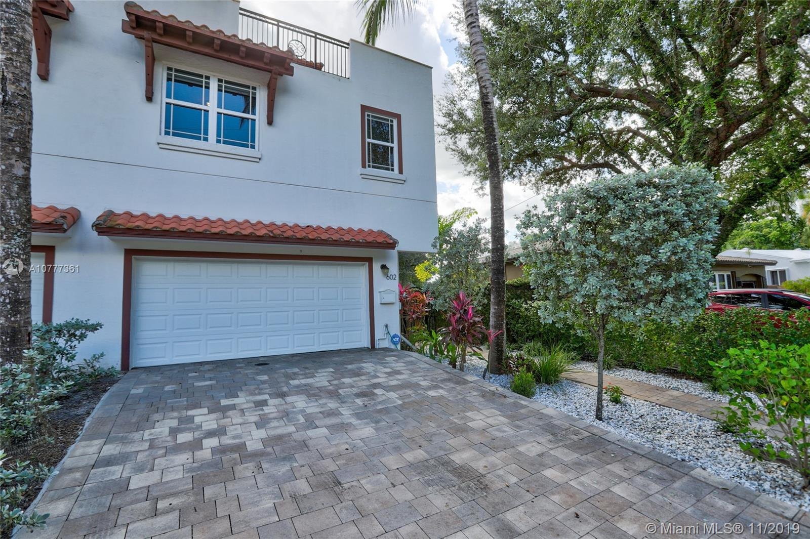 602 SW 11th Ct  For Sale A10777361, FL