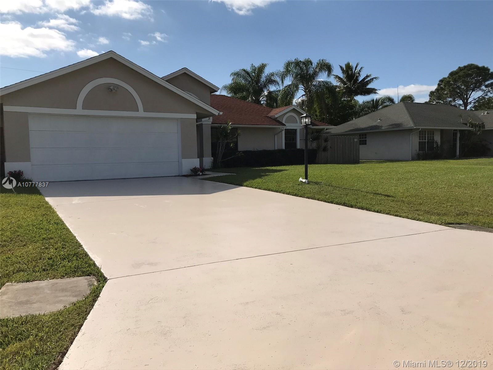 2656 SE Brevard Ave, Port St. Lucie, FL 34952