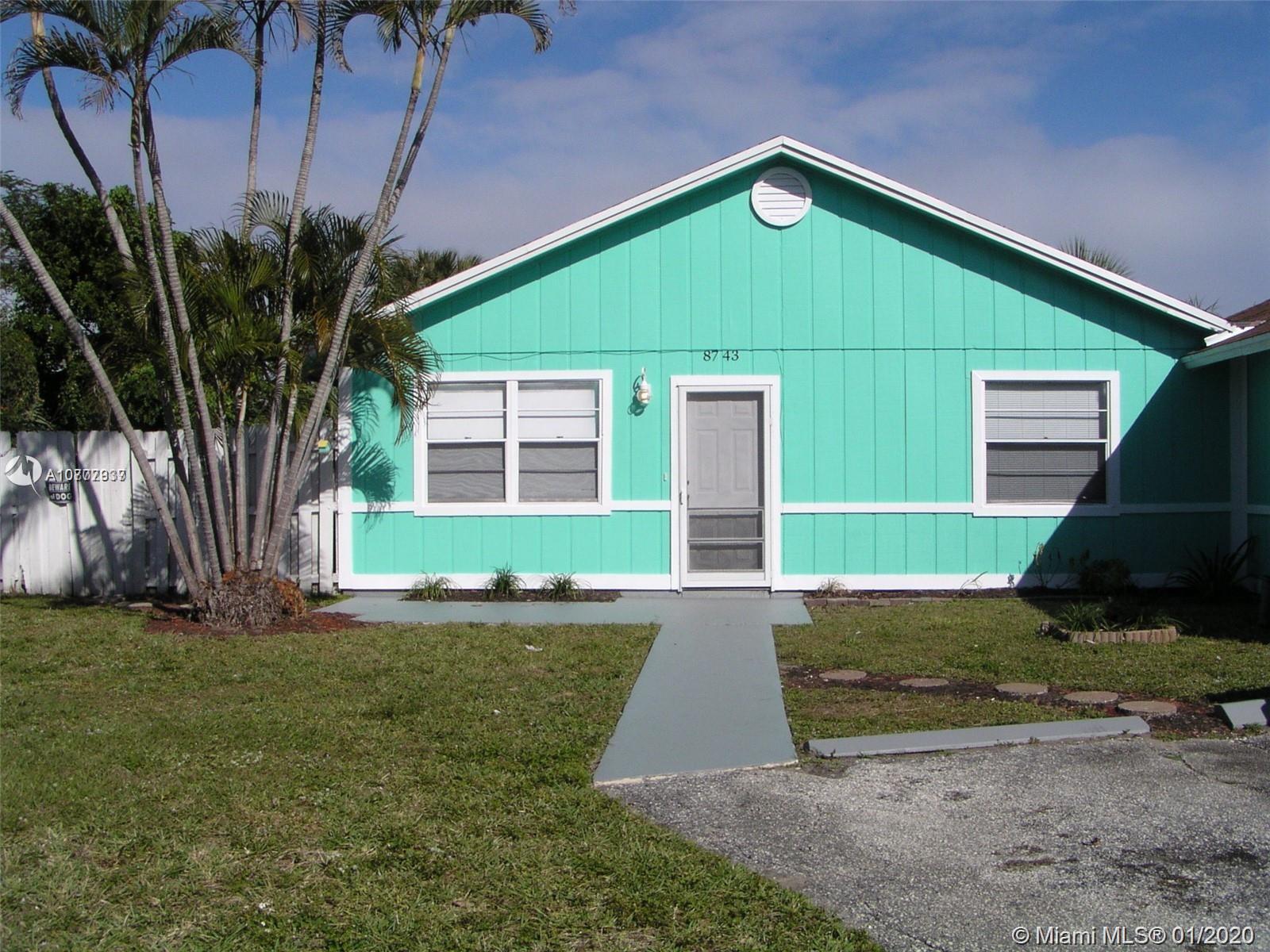 8743 Sol Ter 0, West Palm Beach, FL 33403