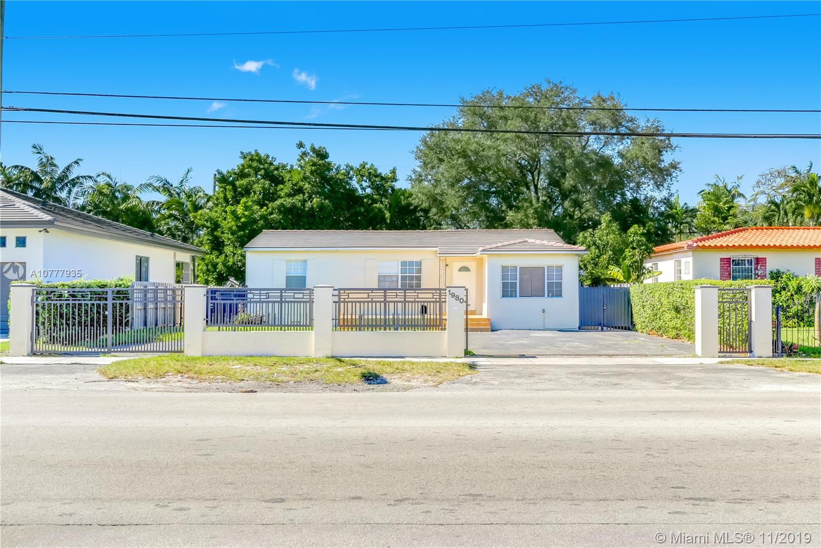 1980 SW 32nd Ave  For Sale A10777935, FL