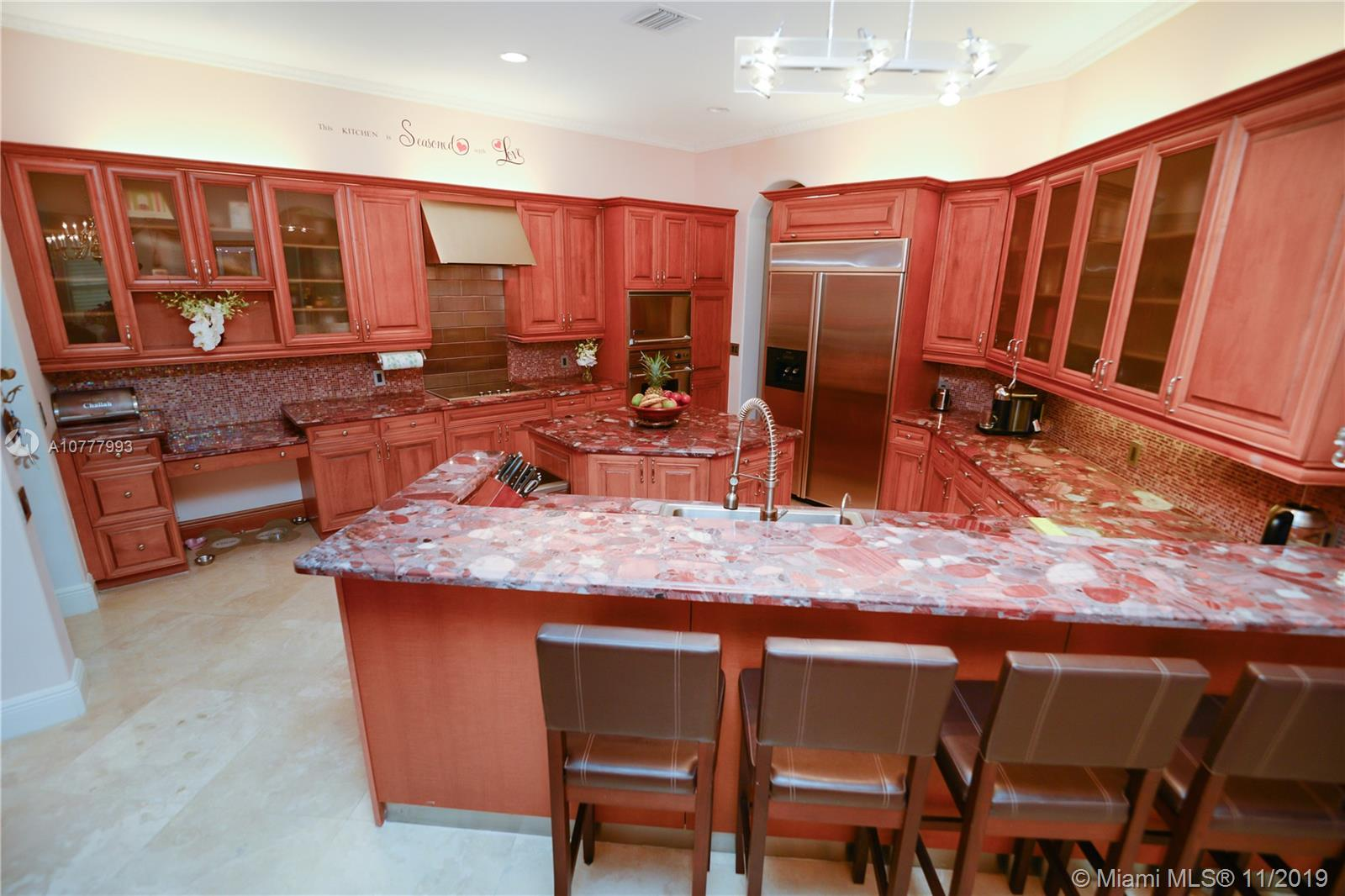 904  Manatee Way  For Sale A10777993, FL