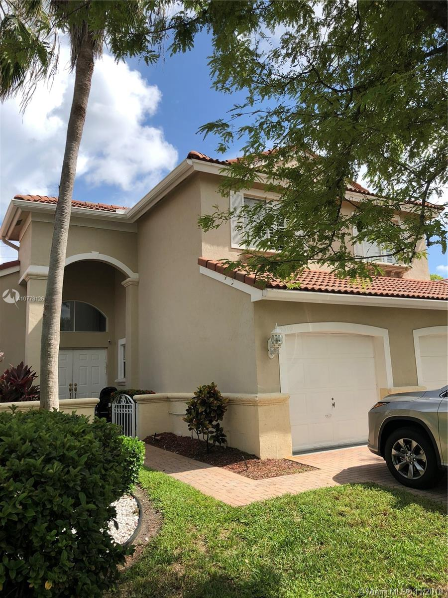 3309 SW 49th St  For Sale A10778126, FL