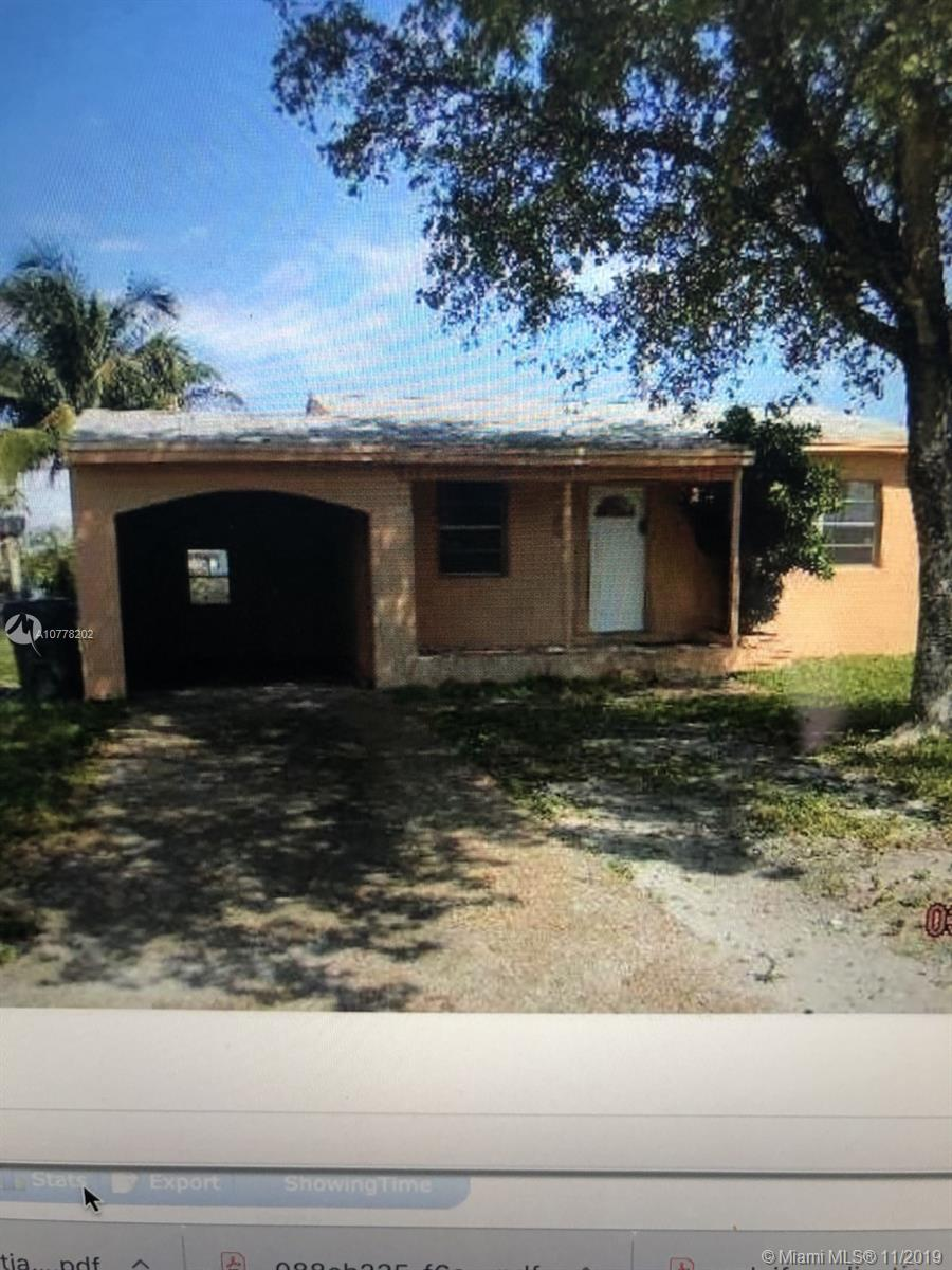 2539  Fletcher St  For Sale A10778202, FL