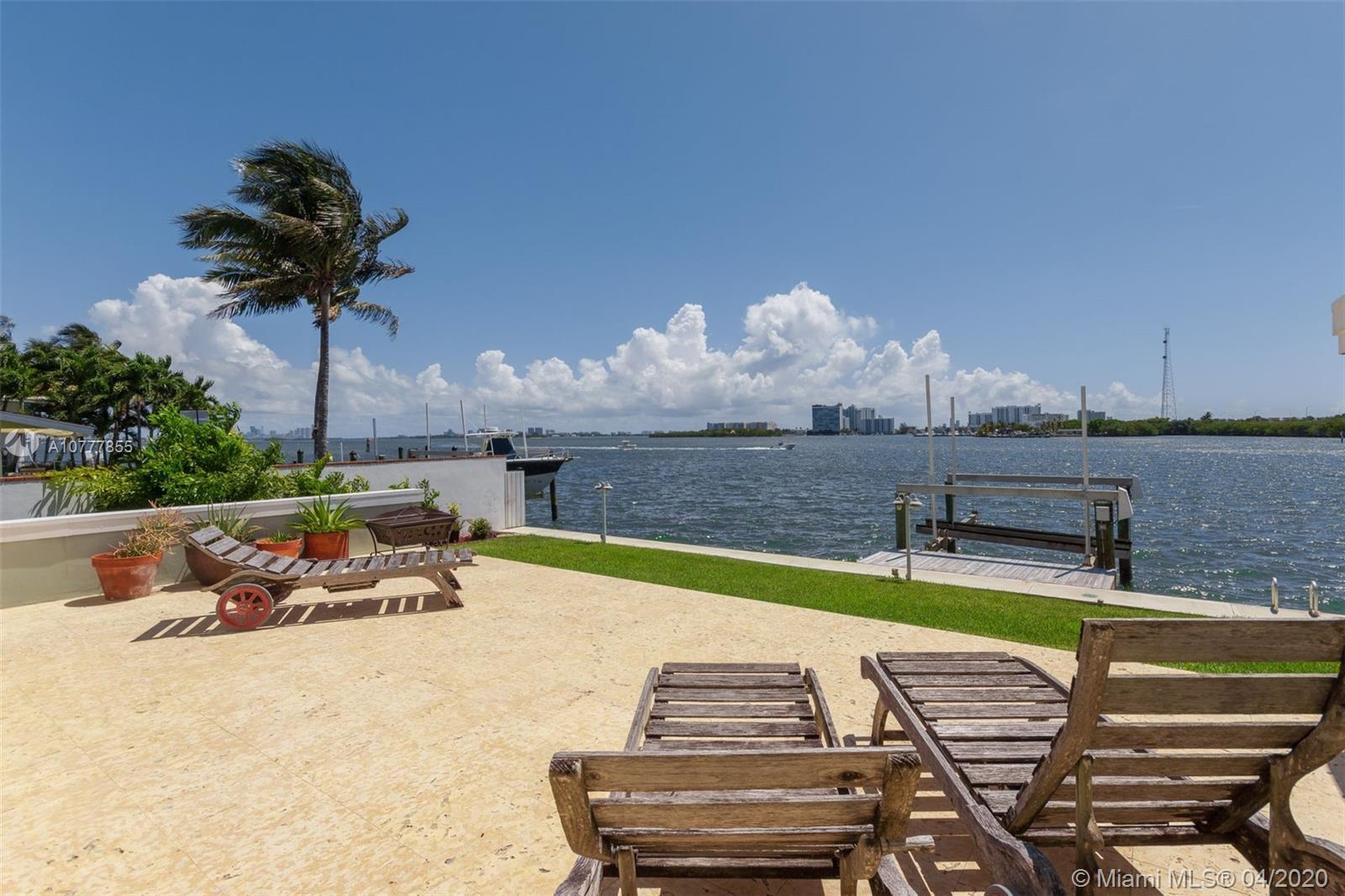 8041 NE Bayshore Ct #8041 For Sale A10777855, FL