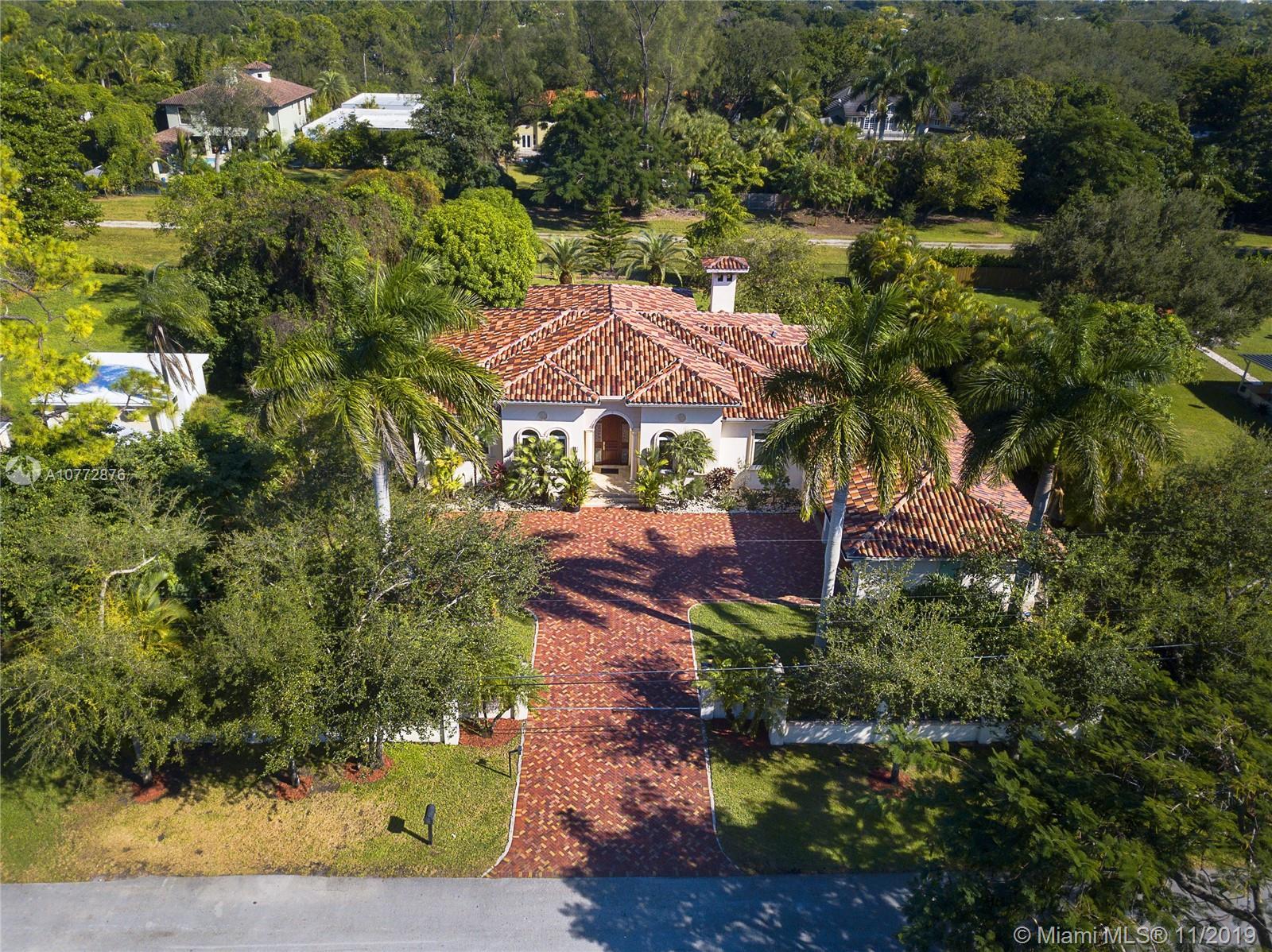 6767 SW 70th Ave, Miami, FL 33143