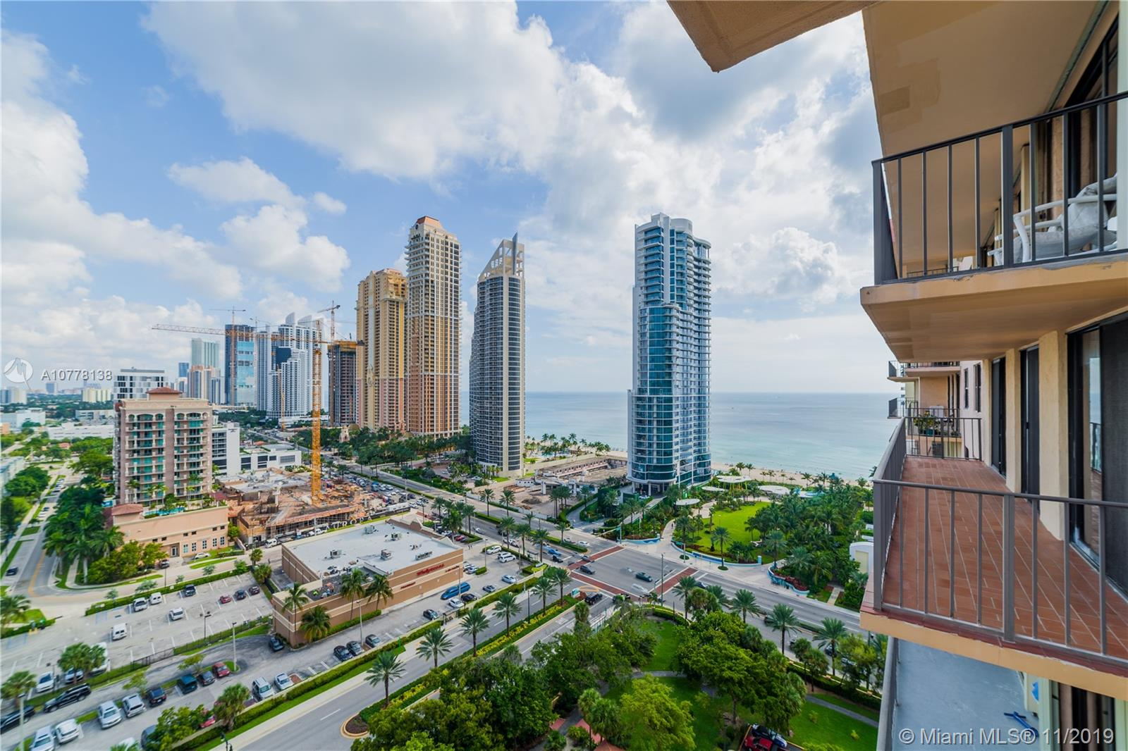210  174th St #2116 For Sale A10778138, FL