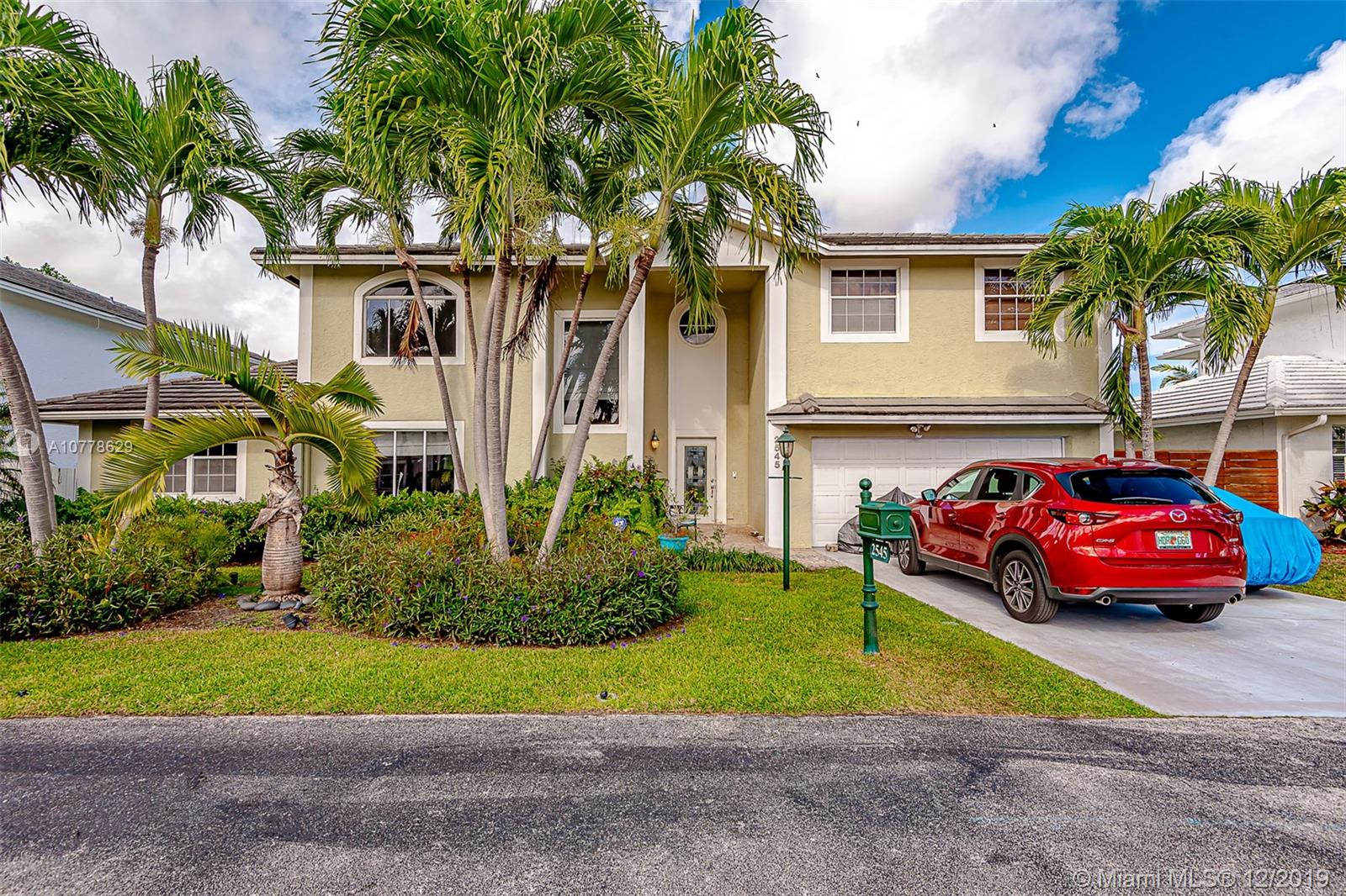 2545 NE 206th Ln  For Sale A10778629, FL