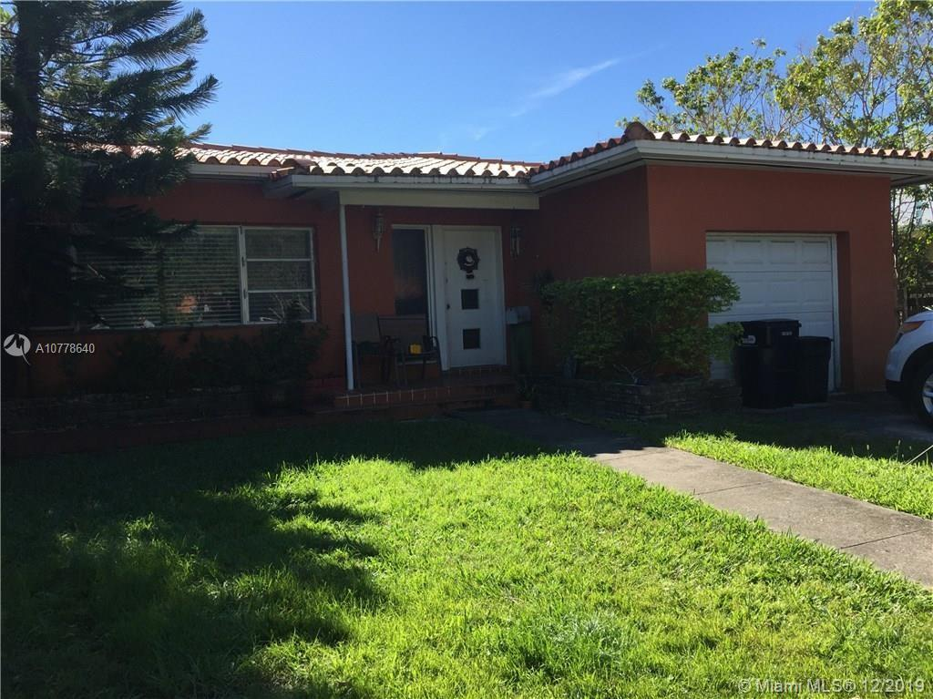 1820  Biarritz Dr  For Sale A10778640, FL