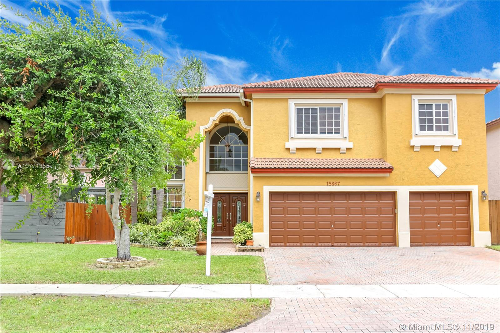 15867 SW 142nd Ter  For Sale A10771355, FL