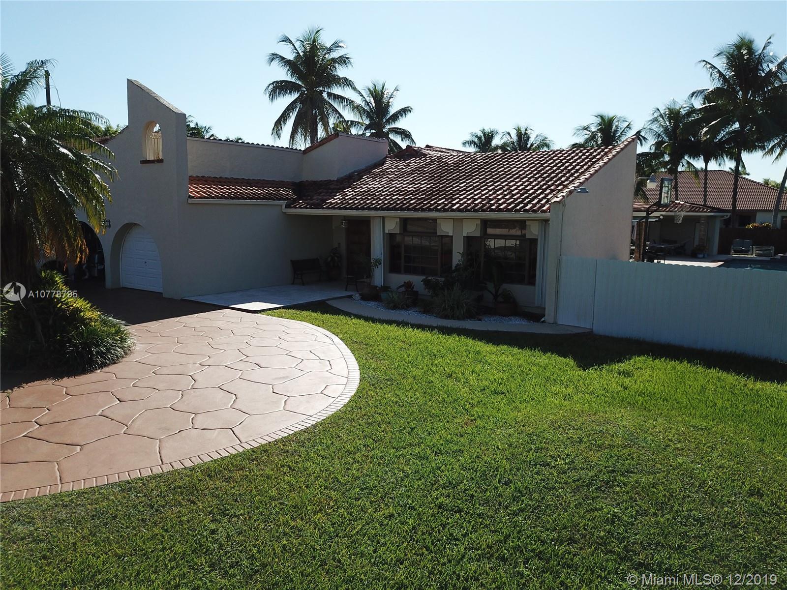 11350 SW 30th St, Miami, FL 33165