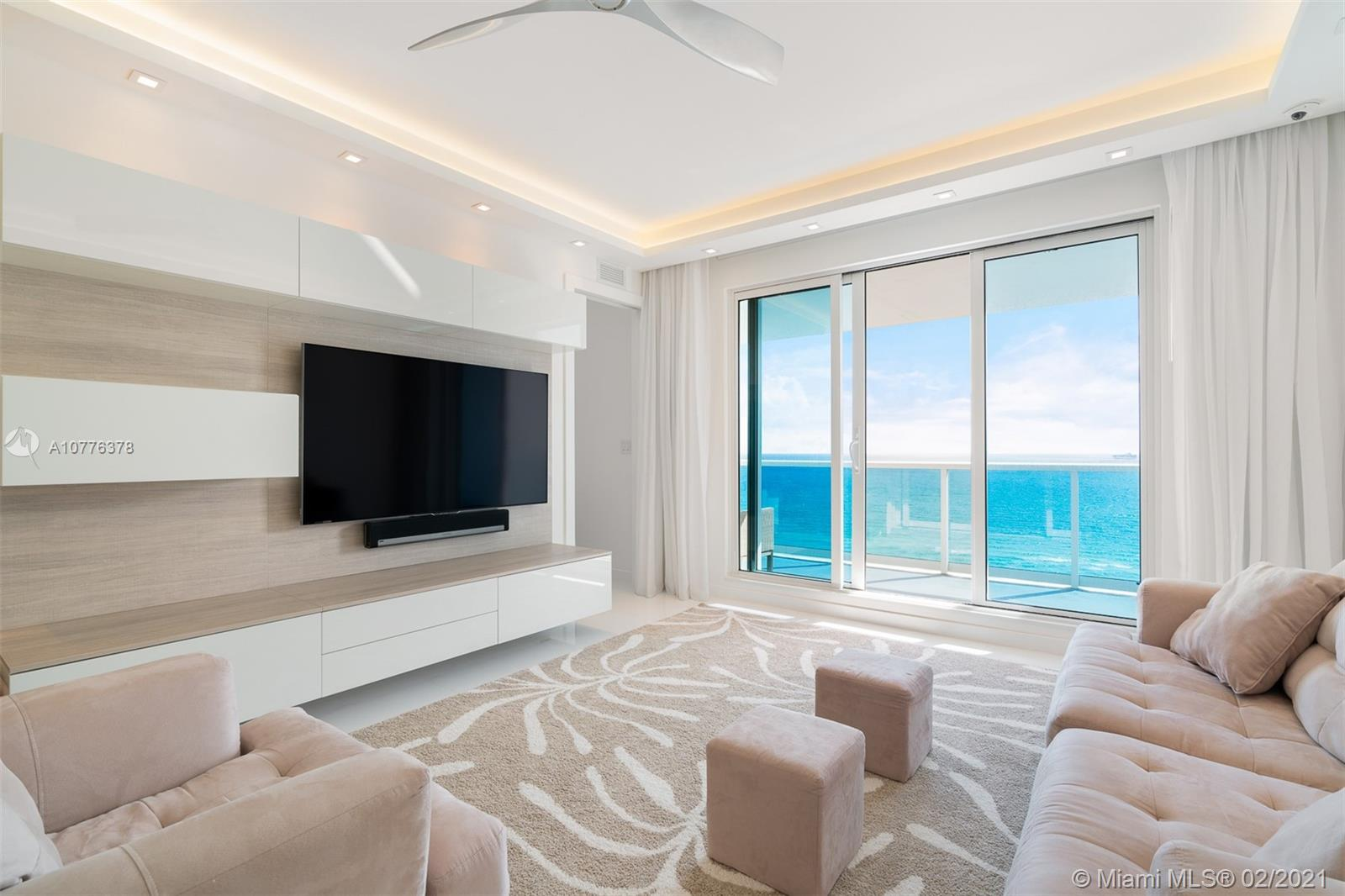 2301  Collins Ave #PH20 For Sale A10776378, FL