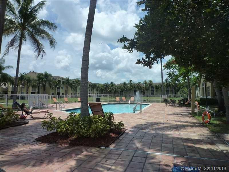 2620 S University Dr #307 For Sale A10778482, FL