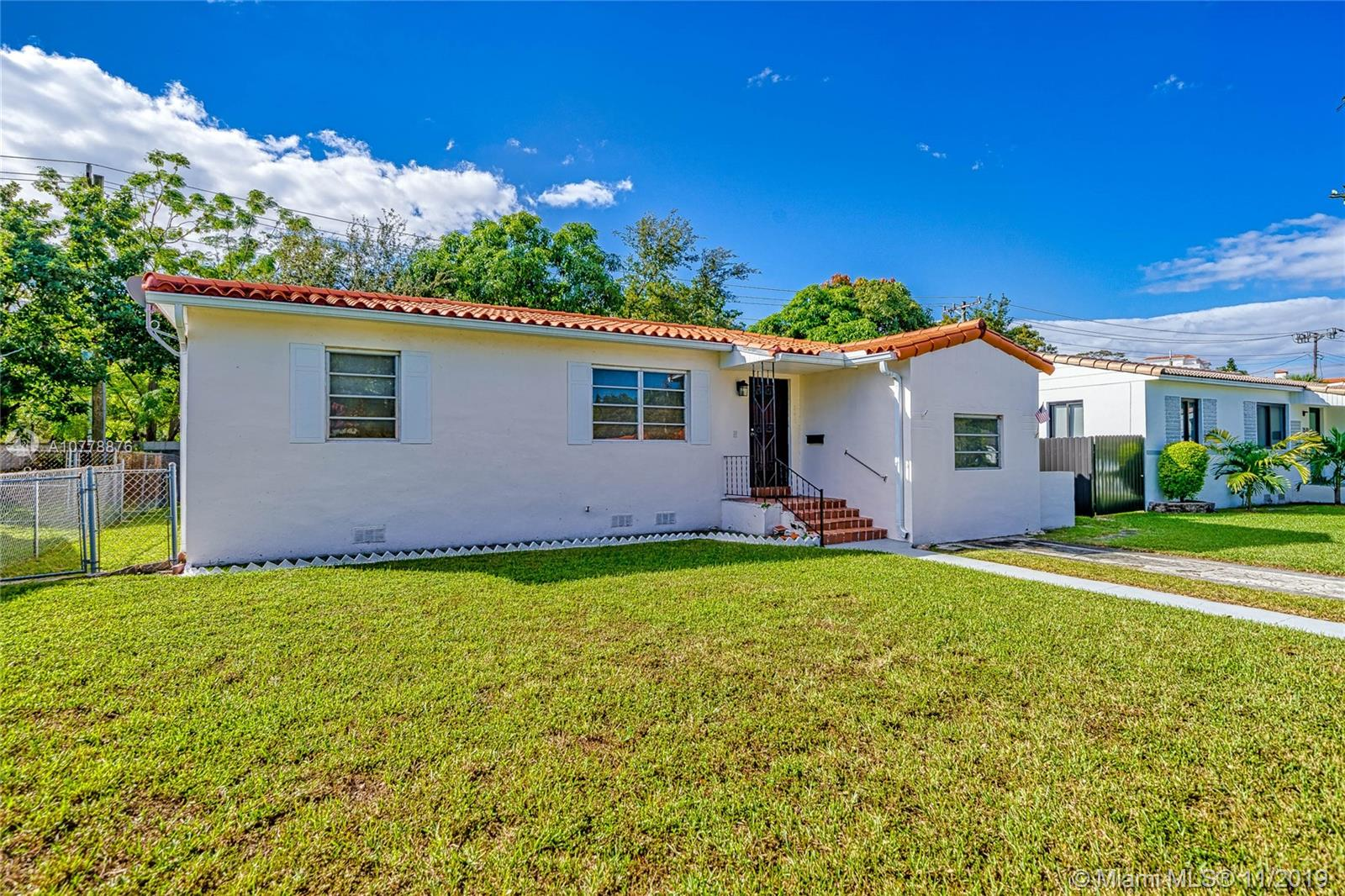 3500 SW 21st St  For Sale A10778876, FL