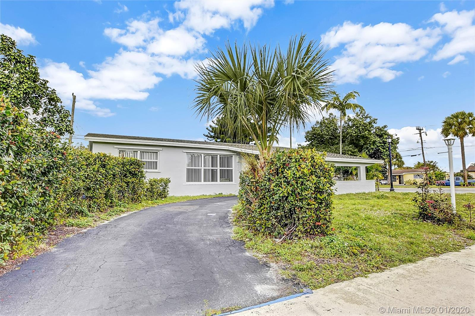 6101 NW 15th Street, Sunrise, FL 33313