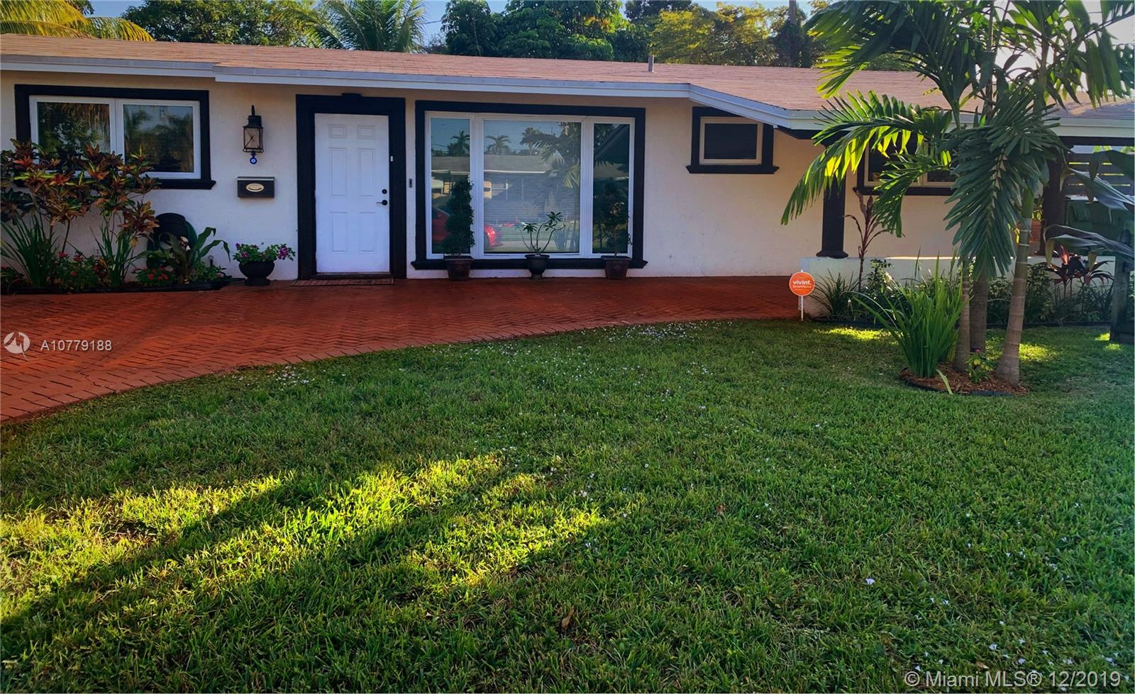 6360 SW 1st Ct  For Sale A10779188, FL