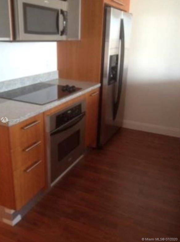 185 SW 7th street #3403 For Sale A10778573, FL