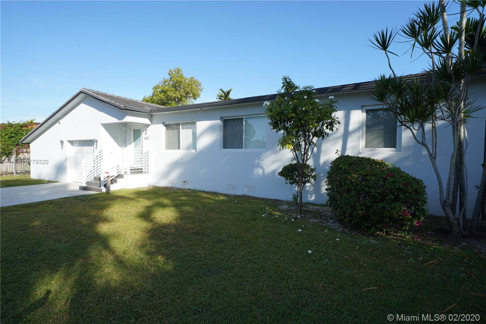 3611 SW 19th St  For Sale A10779320, FL